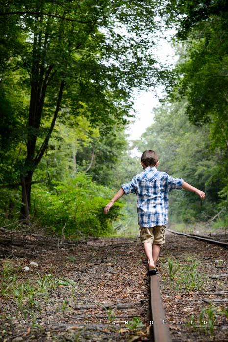 Yr4•334-365•Walk the Tracks