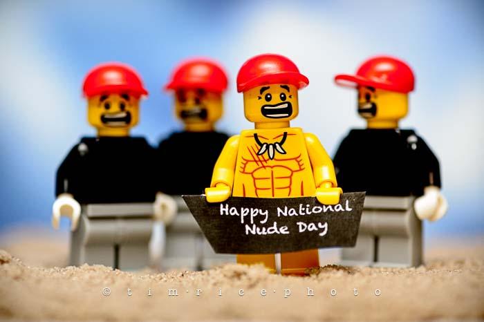 Yr5•247/365•1786 Legoboy Be Nude july 14, 2014