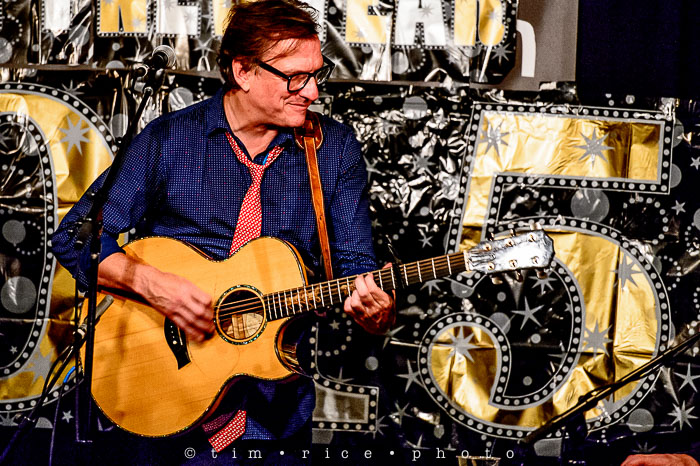 Yr6•093/365•1919 Ellis Paul at Club Passim January 1, 2015