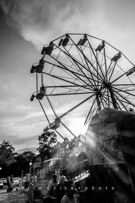 Yr6•319/365•2145 Ferris Wheel at Sunset August 15, 2015