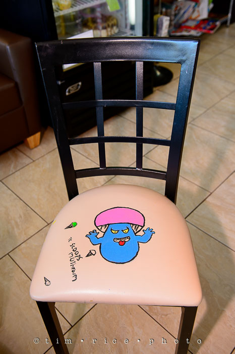 Yr6•352-365•2176•Local Chairs