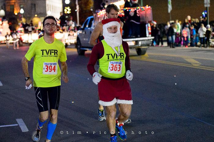 Yr7•083-365•2258•The Milford Santa Parade