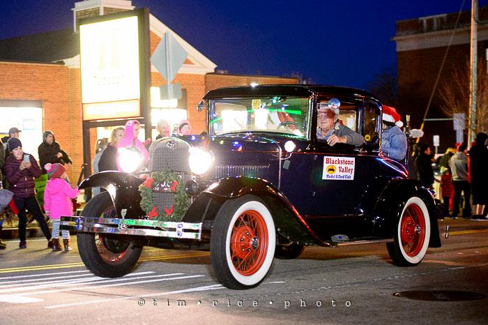 Yr7•089-365•2258•The Milford Santa Parade