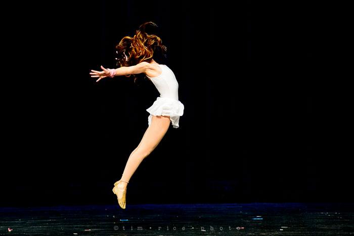 Yr7•111-366•2299•Dancers