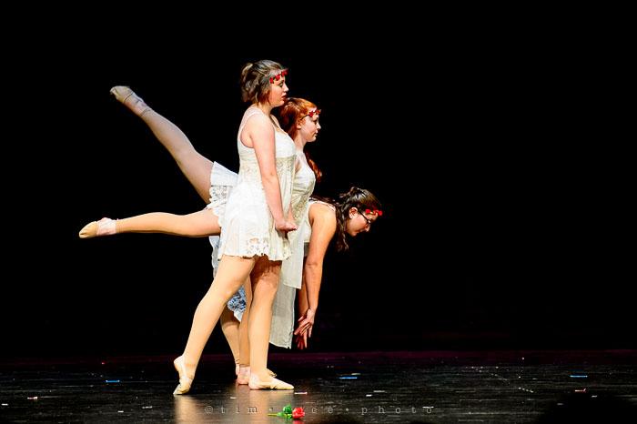 Yr7•121-366•2299•Dancers