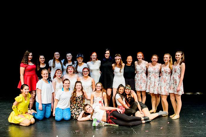 Yr7•128-366•2299•Dancers