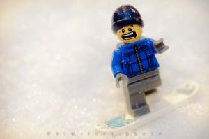 5-121227_SnowBoardLegoBoy_306.jpg