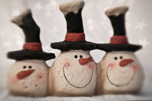 c34-20111204-111204_Snowmen2_003.jpg