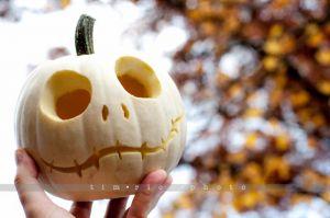 22-121021_PumpkinCarving_159.jpg